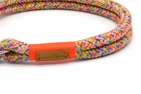 """Halsbänder aus Softtau """"Easy Summer AURI"""" mit Takelung in Neon-Orange"""