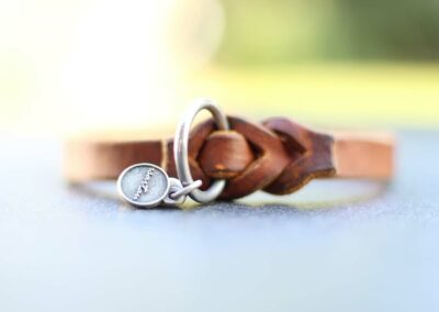 Lederschlupfi PURE, braun, silber, Anhänger Herz
